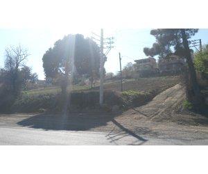 Tekirdağ süleymanpaşa barbaros'ta ana caddede 1450 m2 arazi